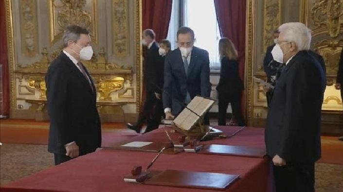 الحكومة الإيطالية الجديدة تؤدي اليمين الدستورية أمام رئيس الجمهورية