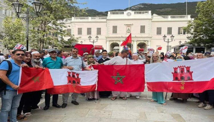 مغاربة جبل طارق يناشدون الملك فتح خط جوي وبحري للتنقل نحو بلدهم